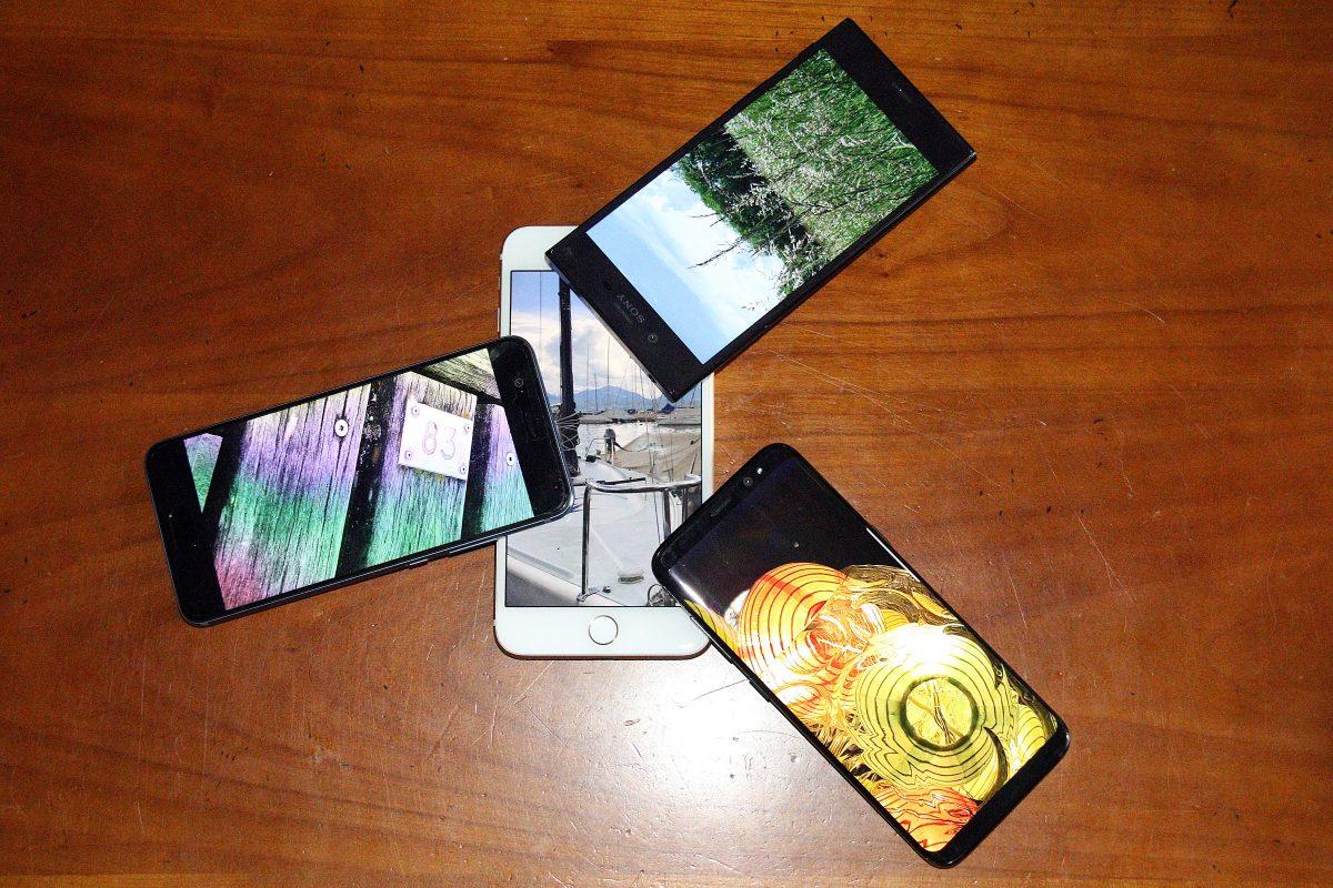 Le Samsung Galaxy S8 comparé aux Huawei P10, Sony Xperia XZ et Apple iPhone 7 Plus.